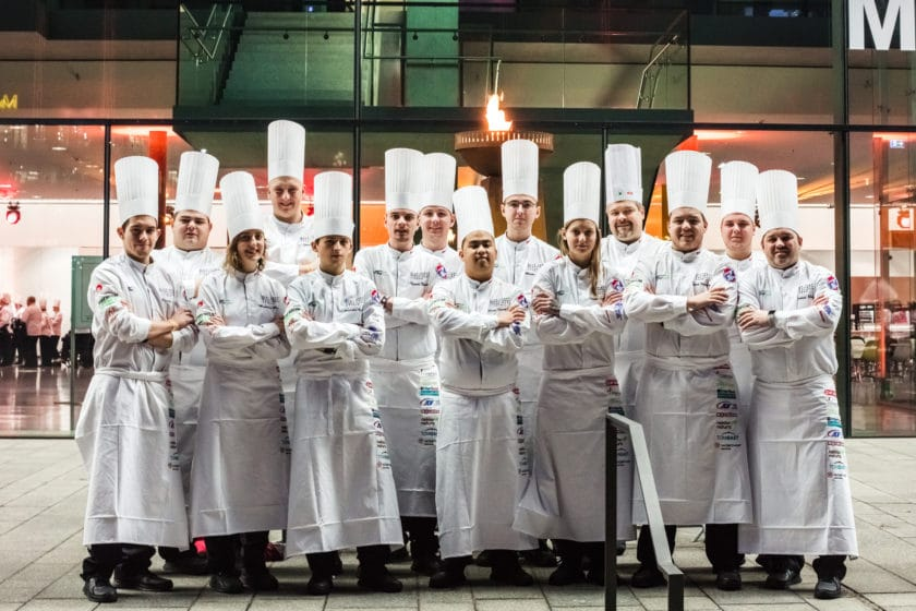 Junioři vezou medaile z kuchařské olympiády IKA
